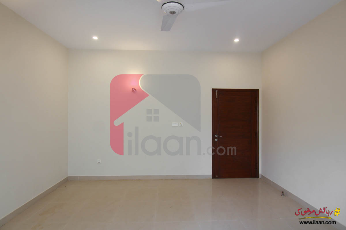 300 ( square yard ) house for sale in Phase 7, DHA, Karachi