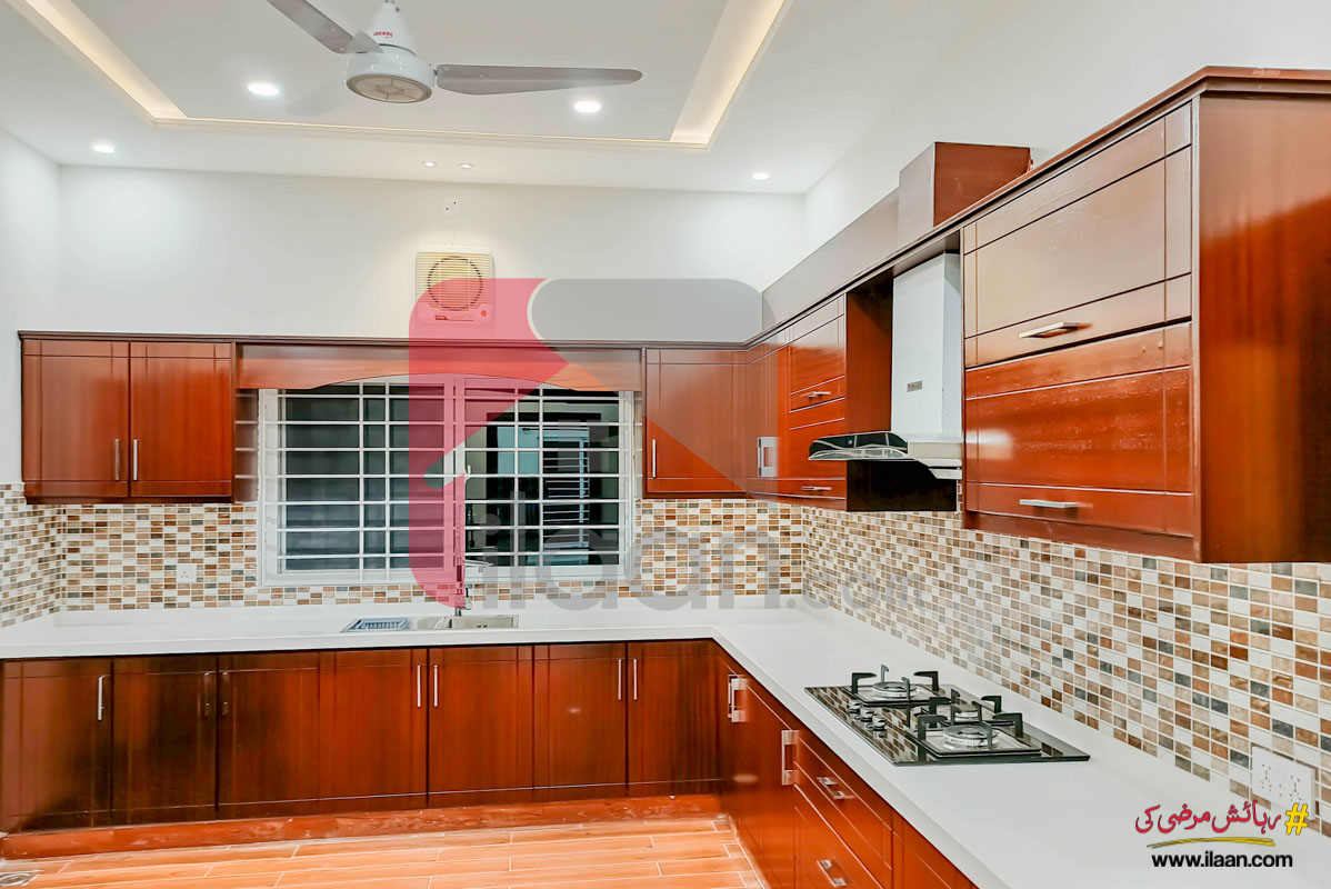 1 Kanal House for Sale in Block B, Phase 2, DHA Islamabad