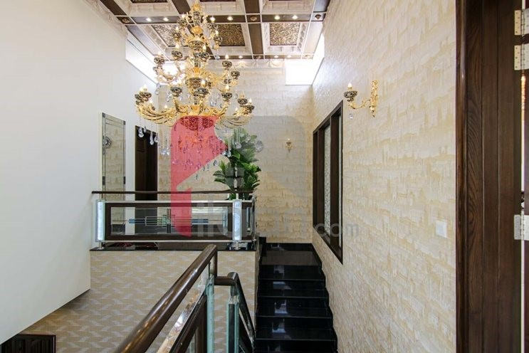 1 kanal house available for sale in Block L Phase 5 DHA