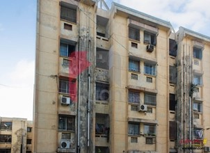 1400 ( sq ft ) apartment available for sale in Block 4