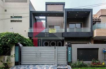 9 marla house for rent in Block B, Bankers Co-operative Housing Society, Lahore