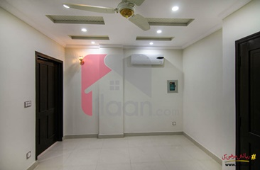 300 ( sq.ft ) apartment for rent ( fourth floor ) in B Side, Sector C, Bahria Town, Lahore