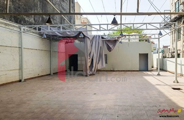 1 kanal commercial plot for sale in Block R, Phase 2, Johar Town, Lahore