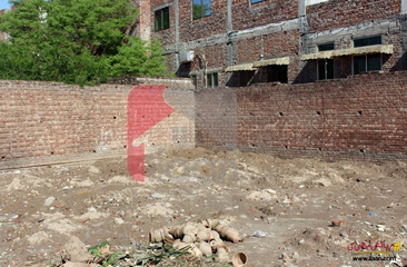 1 kanal commercial plot ( with shops  ) for sale in Marghzar Officers Colony, Lahore