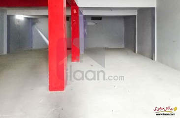 1 kanal plaza for rent (basement) in Johar Town, Lahore