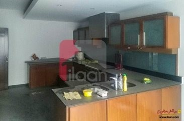 14 marla house available for sale on Airport Road, Lahore