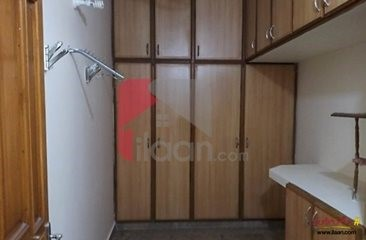 11 marla house available for rent in Block H3, Phase 2,  Johar Town , Lahore