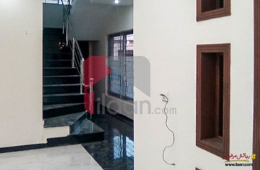 13 marla house available for sale in Valencia Housing Society, Lahore