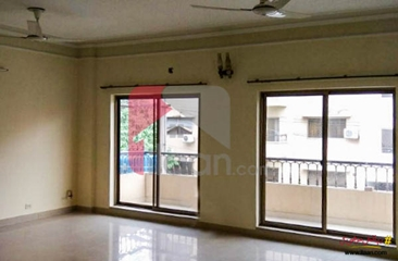 2250 ( sq.ft ) apartment available for rent in Askari 10, Lahore