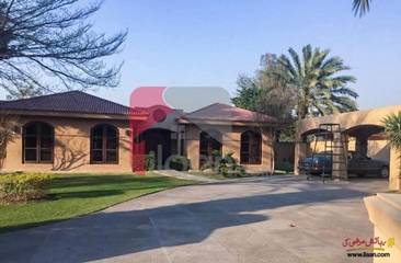 4 kanal farm house available for sale on Bedian Road, Lahore