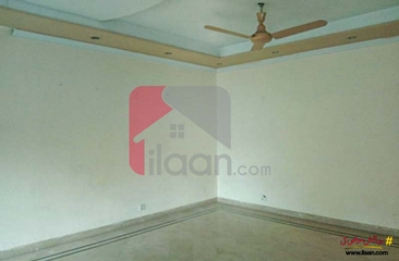 16 marla house available for rent in Gulberg-1, Lahore