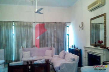 1acreage 2 kanal house available for sale in Gulberg 2, Lahore
