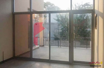 4 kanal house available for sale in Gulberg 2, Lahore