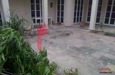 3 kanal house available for rent in Abu Bakar Block, Garden Town, Lahore