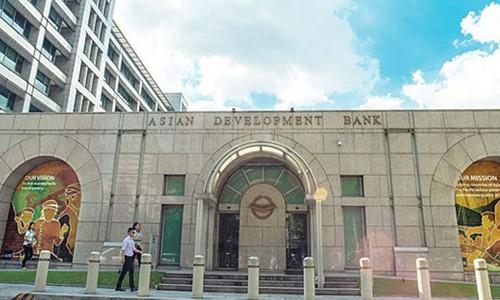 Loan Package worth USD 10 Billion Promised by ADB for Developmental Projects