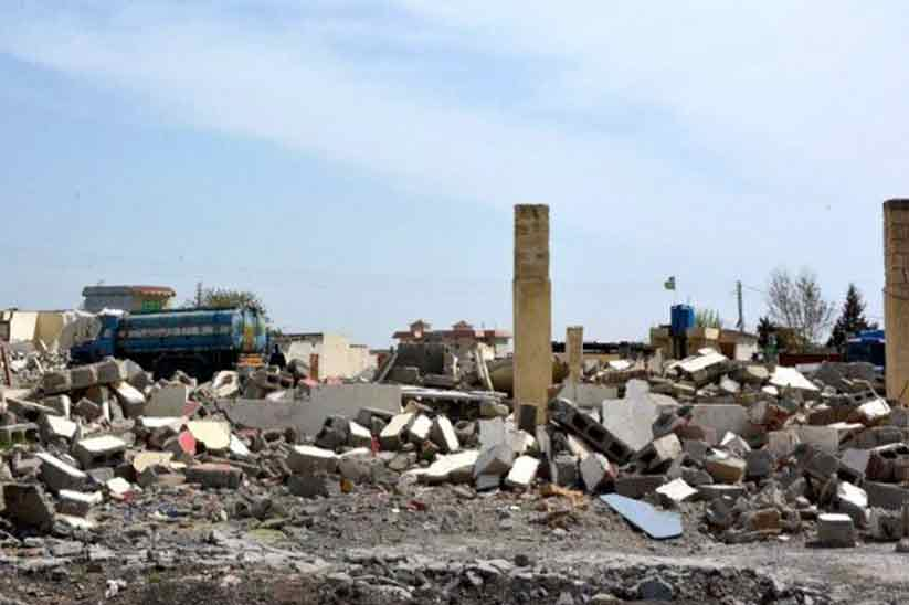 Encroachments razed in Islamabad's Margalla Town