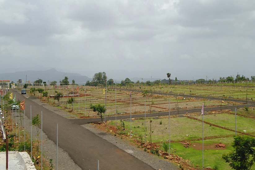 Better Investment Option – Commercial or Residential Plots