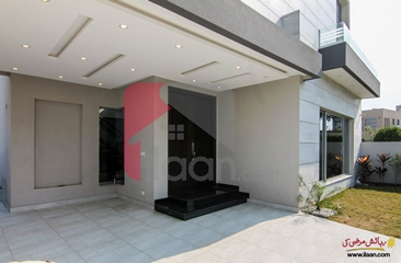 10 marla house for sale in Block B, Phase 5, DHA, Lahore