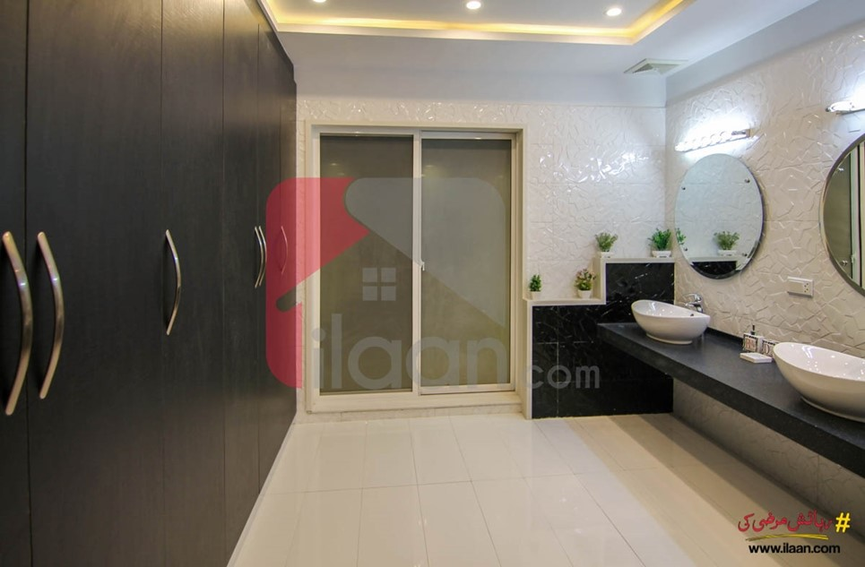 1 kanal house for sale in Block D, Phase 6, DHA, Lahore