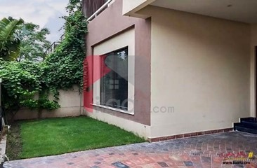 10 marla house for sale in Phase 8, DHA, Lahore