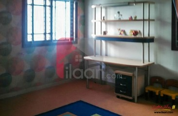300 ( square yard ) house for sale in Phase 6, DHA, Karachi