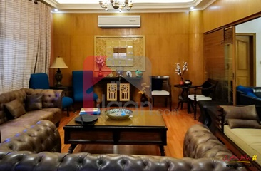 600 ( square yard ) house for sale in Phase 7, DHA, Karachi