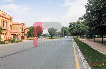 10 Marla House for Rent in Jasmine Block, Sector C, Bahria Town, Lahore (Furnished)