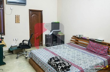 240 ( square yard ) house for sale ( second floor ) in Block H, North Nazimabad Town, Karachi