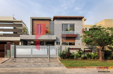 10 marla house for sale in Block F, State Life Housing Society, Lahore