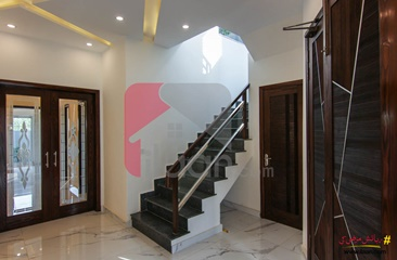 10 marla house for sale in Block G, State Life Housing Society, Lahore
