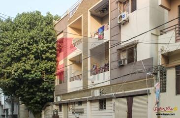 1400 ( sq.ft ) house for sale ( second floor ) in Block 2, PECHS, Karachi