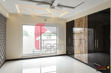 10 marla house for sale in Phase 5, DHA, Lahore
