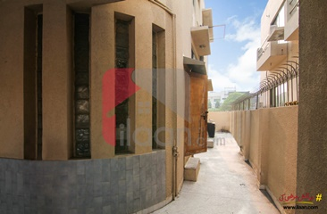 10 marla house for sale in Block DD, Phase 4, DHA, Lahore