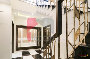 10 Marla House for Sale in Phase 6, DHA Lahore