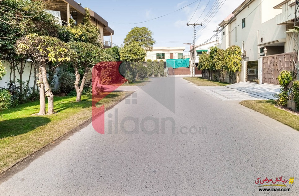 1 Kanal House for Sale in Block DD, Phase 4, DHA Lahore
