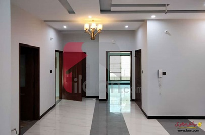 10 Marla House for Sale in Phase 2, Nasheman-e-Iqbal, Lahore