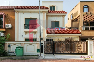 10 Marla House for Sale in Chambeli Block, Sector C, Bahria Town, Lahore