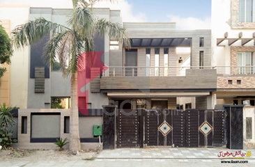10 Marla House for Sale in Shaheen Block, Sector B, Bahria Town, Lahore