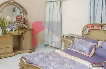 200 Sq.yd House for Sale (First Floor) in Block 5, Clifton, Karachi