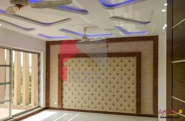 1 kanal house available for sale in Gulbahar Block, Sector C, Bahria Town, Lahore