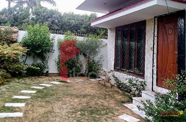 500 ( square yard ) house available for sale in Phase 6, DHA, Karachi