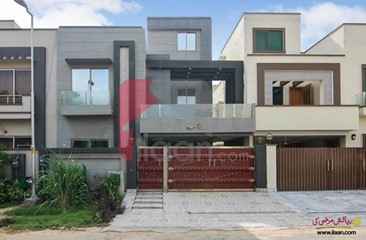8 marla house available for sale in Usman Block, Bahria Town, Lahore