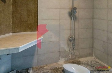 500 ( square yard ) house available for sale in Phase 7, DHA, Karachi
